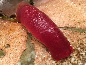 Lean meat of tuna (Akami)