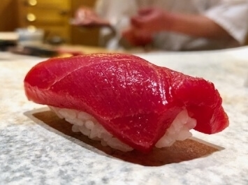 A photo of kuro maguro sushi