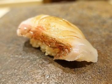 A photo of tai sushi