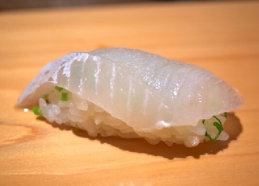 A photo of makogarei sushi